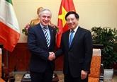 Le vice-PM Pham Binh Minh reçoit le ministre irlandais de l'Éducation et des Compétences