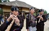 Le Village des ethnies du Vietnam aux couleurs des fêtes