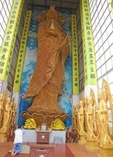 Une statue de la déesse Quan Yin au Vietnam reconnue par World Records Union
