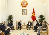 Le Premier ministre Nguyên Xuân Phuc reçoit un conseiller du Premier ministre japonais
