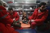 Évacuations médicales limitées dans une zone assiégée de Syrie