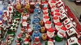 Marché des décorations de Noël à Hô Chi Minh-Ville