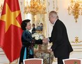 Entrevue entre la présidente de l'Assemblée nationale du Vietnam et le président tchèque