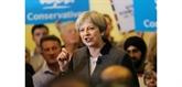 May et les conservateurs atteignent la barre des 50% dans un sondage