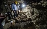 Égypte: des catacombes et 17 momies découvertes dans le centre du pays