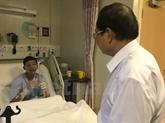 L'ambassadeur du Vietnam à Singapour au chevet des marins sinistrés