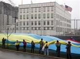Ukraine : l'ambassade américaine à Kiev visée par une explosion