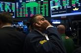 Wall Street finit sans direction, la tech baisse, le Dow Jones à un record