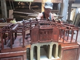 Huynh Ri, restaurateur danciens ouvrages et fier de lêtre