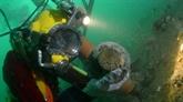 Royaume-Uni : des plongeurs-archéologues explorent une épave du XVIIIe siècle
