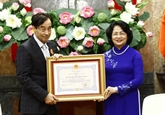 Vietnam - France : l'Ordre de l'Amitié décerné au Professeur Odon Vallet