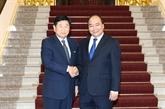 Nguyên Xuân Phuc reçoit l'ancien gouverneur de la ville d'Osan