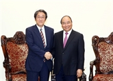 Nguyên Xuân Phuc salue les liens avec le Japon et la Hongrie