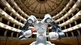 Italie : le robot chef d'orchestre vole la vedette au ténor
