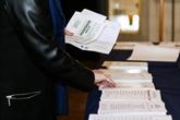 Sénatoriales : la droite renforcée, Macron et LREM tenus en échec