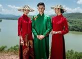 L'áo dài du Vietnam est présenté au Petit Palais à Paris