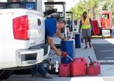 Pénurie de carburant et embouteillages entravent l'exode de Floride