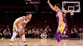 NBA : Golden State à l'arraché, San Antonio revigoré