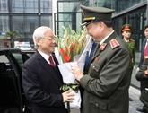 Nguyên Phu Trong encourage les forces policières à poursuivre leurs acquis