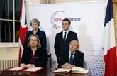 Emmanuel Macron et Theresa May signent un traité sur le contrôle de l'immigration