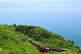 La ligne Nord-Sud, lune des dix lignes ferroviaires les plus belles en Asie