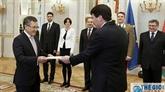 L'ambassadeur du Vietnam en Hongrie présente ses lettres de créance