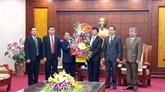 Une délégation lao en visite à Hoà Binh