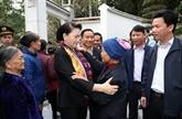 La présidente de l'Assemblée nationale rencontre des habitants de Hà Tinh