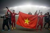 Football : l'équipe U23 décorée de l'Ordre du Travail