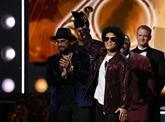 Bruno Mars, roi de Grammy Awards