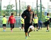 L'homme de l'ombre du football vietnamien