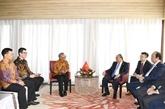 Le PM Nguyên Xuân Phuc rencontre des hommes d'affaires indonésiens