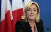 Emplois: les juges alourdissent la mise en examen de Marine Le Pen