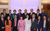 Le PM Nguyên Xuân Phuc rencontre des Vietnamiens en Autriche