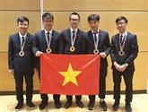 Trente-huit élèves vietnamiens primés lors des Olympiades régionales et internationales