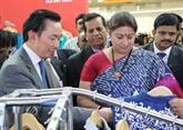 Des entreprises vietnamiennes au 6e Salon international de soie de lInde