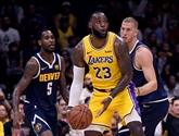 NBA: LeBron James brillant mais battu pour ses débuts avec les Lakers.