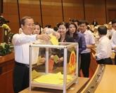 Le vote de confiance représente le droit de supervision des électeurs