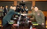 Les deux Corées décident de retirer des postes de garde de leur frontière commune