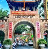 La fête de la soie au village de Van Phuc