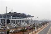 Le plan d'expansion de l'aéroport international de Nôi Bài mis à l'étude