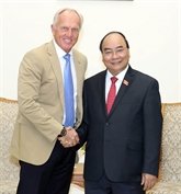 Le Premier ministre rencontre l'ambassadeur du tourisme du Vietnam