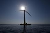 Pour la première fois dans les eaux françaises, une éolienne produit de l'électricité