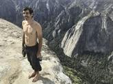 La prouesse du grimpeur sans corde Alex Honnold racontée dans un document