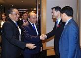 Nguyên Xuân Phuc rencontre des responsables des sociétés financières japonaises