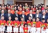 Nguyên Xuân Phuc assiste à la Fête de la grande union nationale de Bac Giang