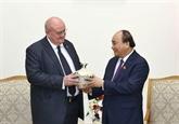 Le Premier ministre Nguyên Xuân Phuc reçoit l'ambassadeur brésilien
