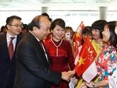 Nguyên Xuân Phuc est arrivé à Singapour pour le 33e Sommet de l'ASEAN