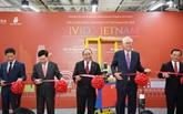 Inauguration de la Semaine des produits vietnamiens à Singapour