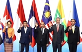 Nguyên Xuân Phuc à la séance plénière du 33e Sommet de l'ASEAN